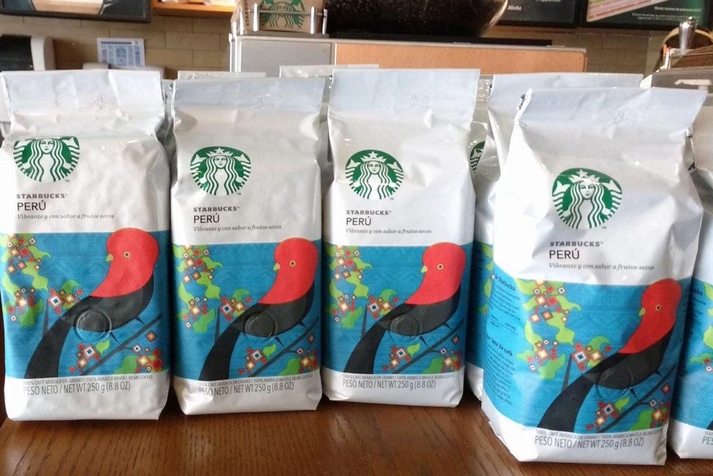 店内ではペルー産コーヒーも売られています