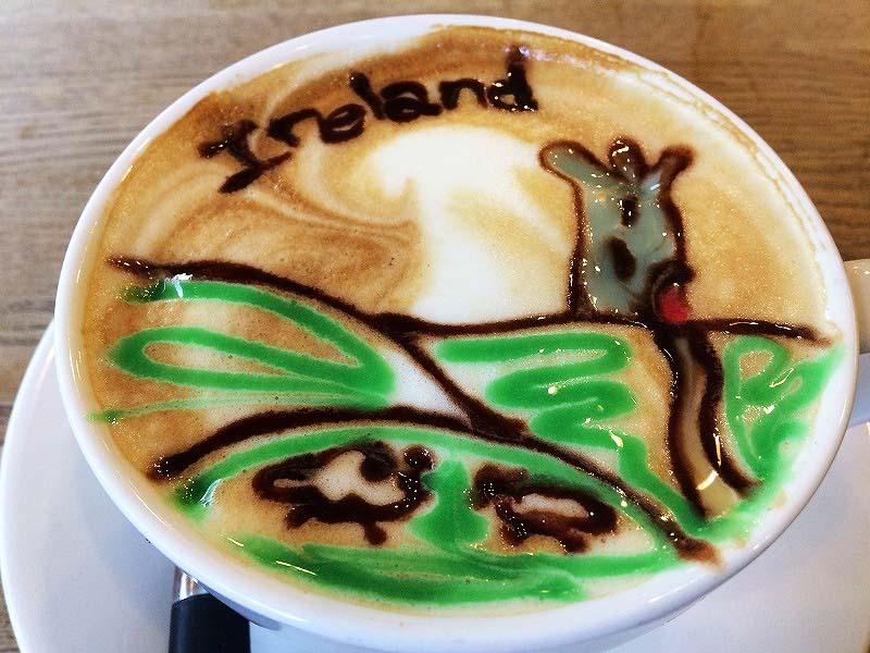【アイルランド】素敵なコーヒーアート、笑顔が絶えない小さなカフェ!!
