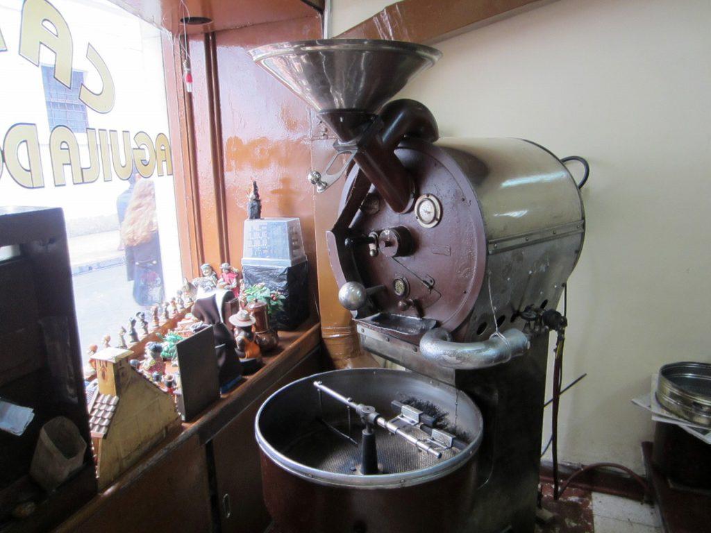 自家焙煎のコーヒーを量り売り