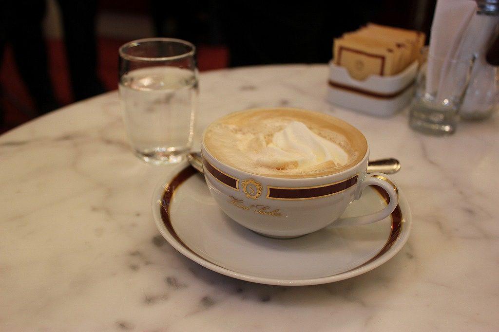 カフェ・ザッハのメランジュ