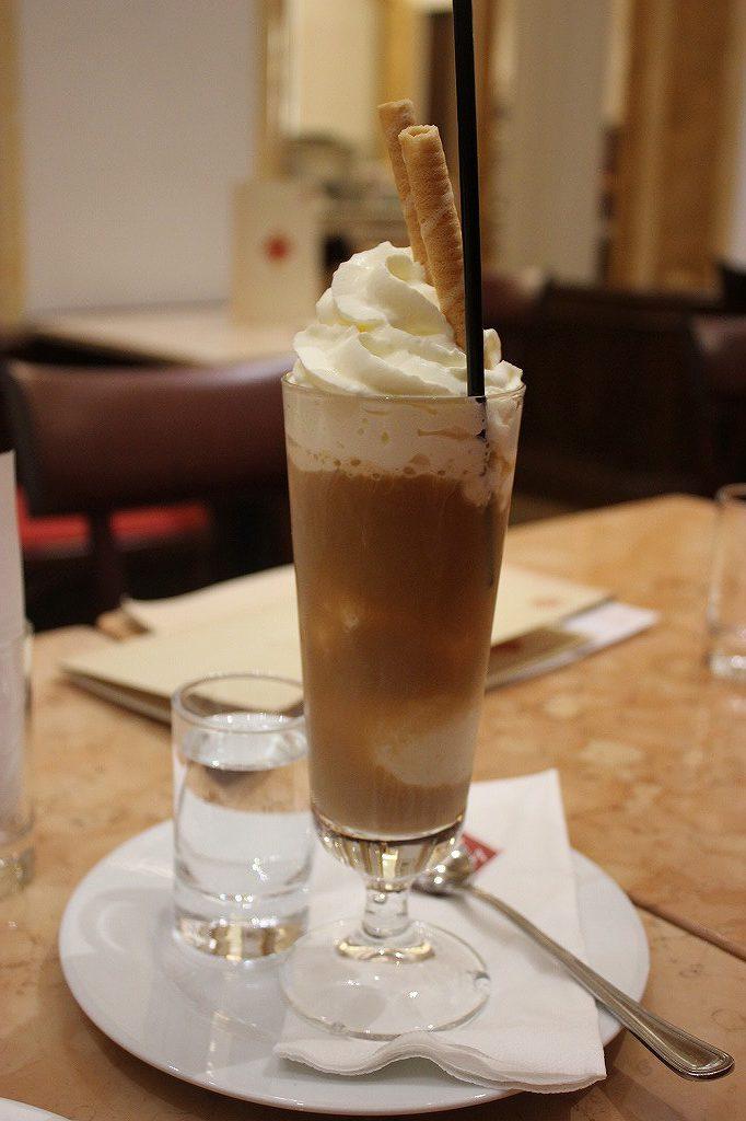 カフェ・スルッカのアイスカフェー